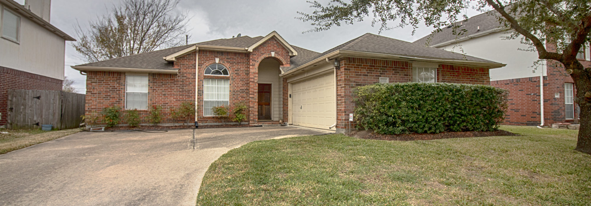 2114 MOUNTSHIRE LANE, MISSOURI CITY, TX 77489